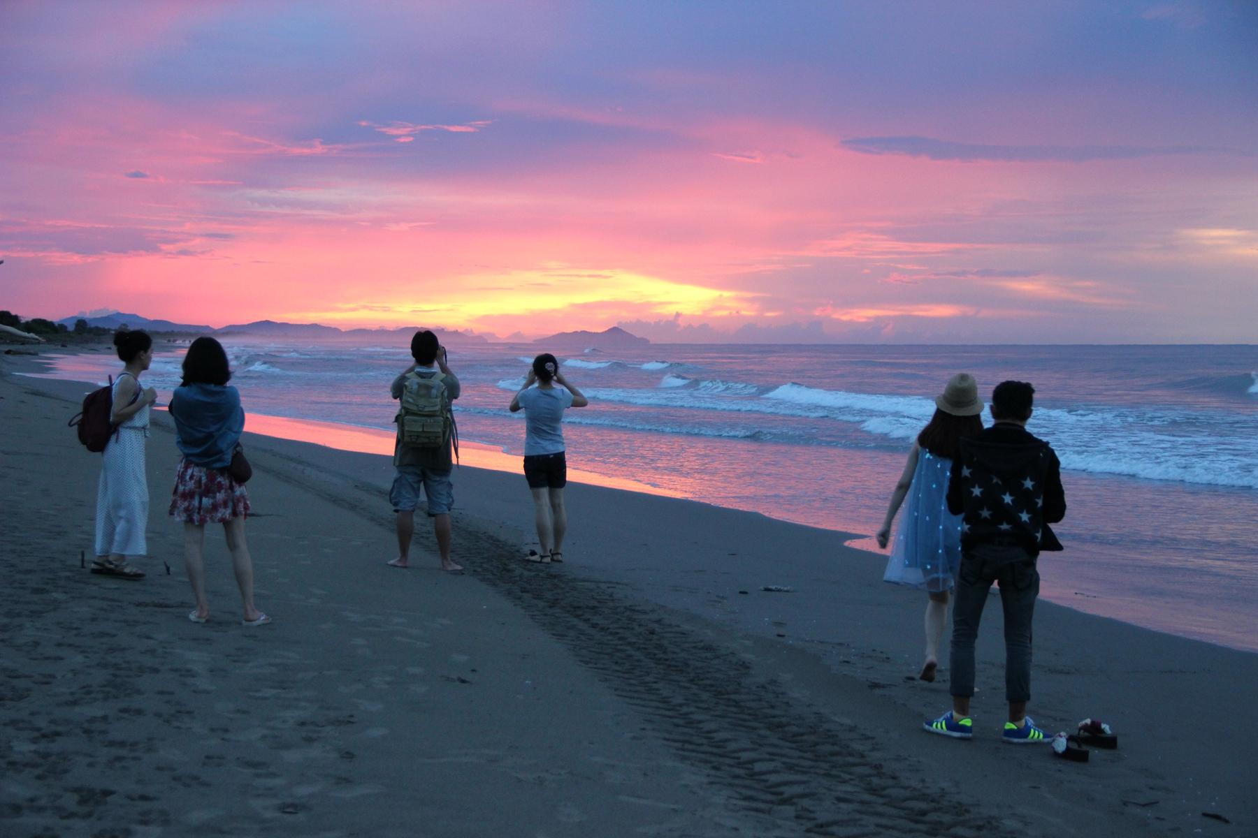 【跟着宝儿爷出境游之遇见沙巴】在最美的沙滩看日落图片