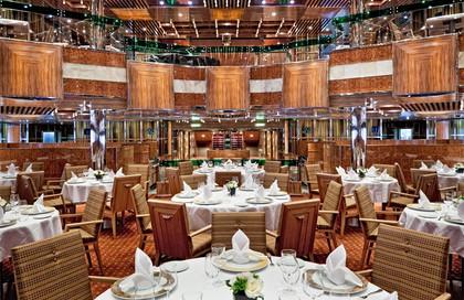 8 ½主餐厅