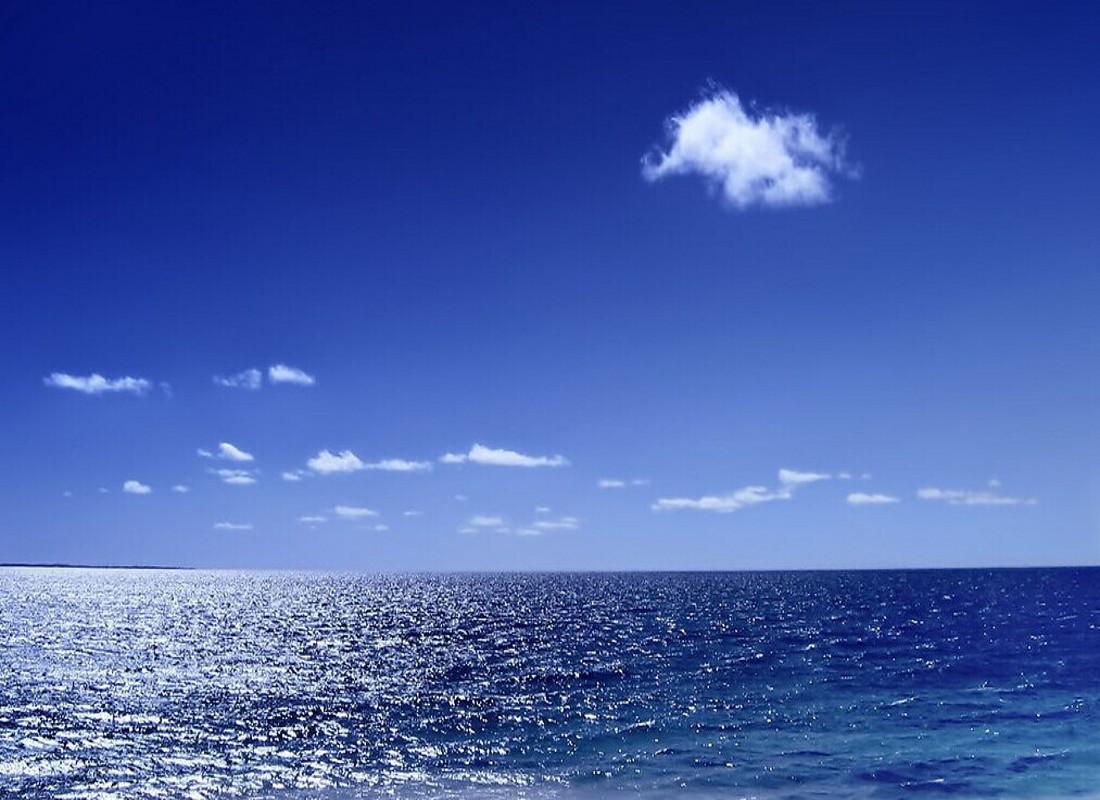 青岛+威海+烟台+蓬莱+大连飞卧6日跟团游
