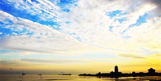 青岛 乳山 威海 刘公岛 烟台 蓬莱双飞5日跟团游