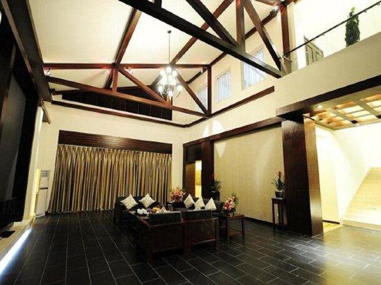 腾冲绮罗温泉别墅酒店(原成都军区休养中心)图片