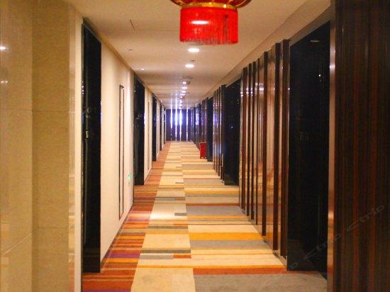 【酒店图片】乌鲁木齐维斯特温泉假日酒店房型