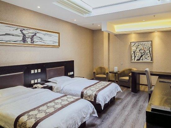 北京橄榄树假日酒店_十八里店乡王村路