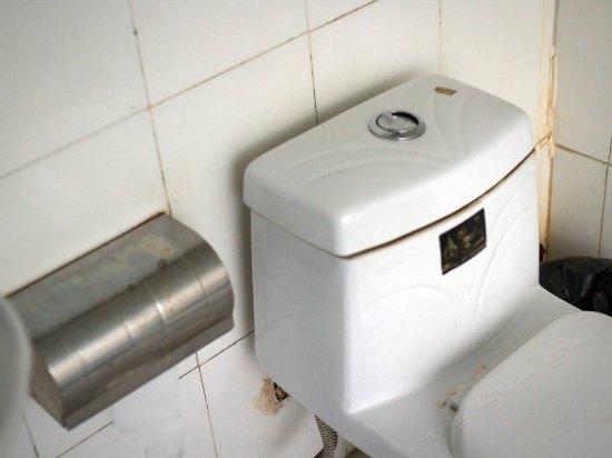 洁达卫浴马桶回气孔图