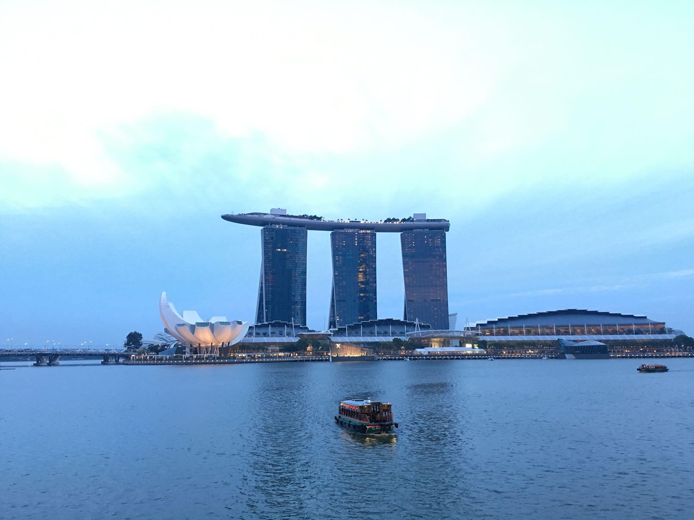 新加坡跟团游 新加坡 马来西亚 泰国9晚10日游 本产品由同程国旅或其