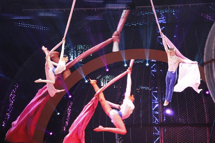 精彩看点3:杂技舞蹈大云集 上海野生动物园俄罗斯国家大马戏云集了
