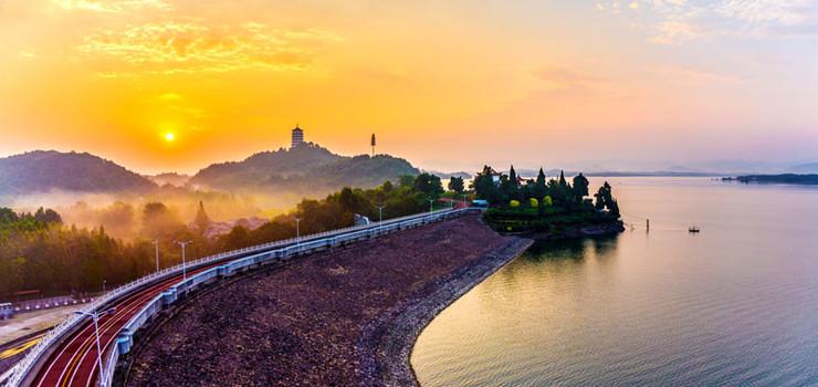 级景区 收藏 景点地址:安徽省六安市舒城县万佛湖风景