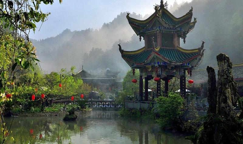 贵州景点大全 贵阳景点大全 白马峪温泉门票  白马峪温泉地处风景秀丽