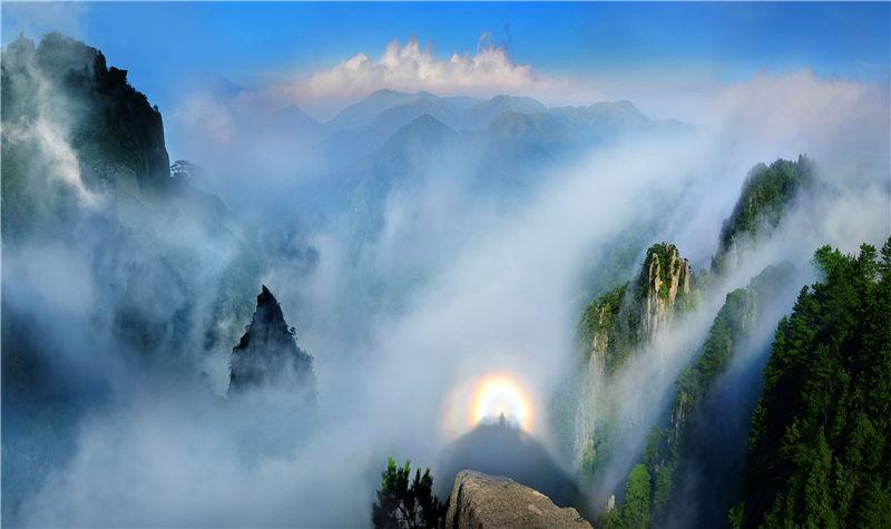 中国之福山羊狮慕(杨思慕)景区位于国家自然遗产地,国家森林公园,国家