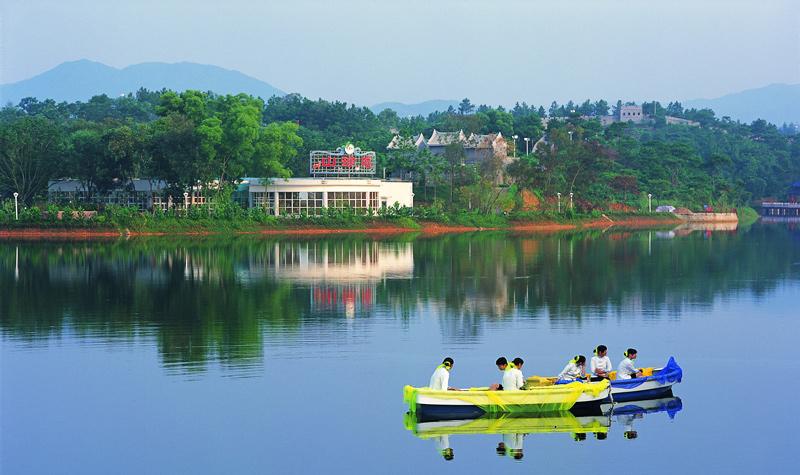 京明温泉度假村