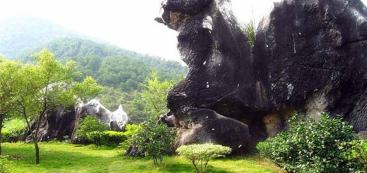 广西贺州玉石林景区
