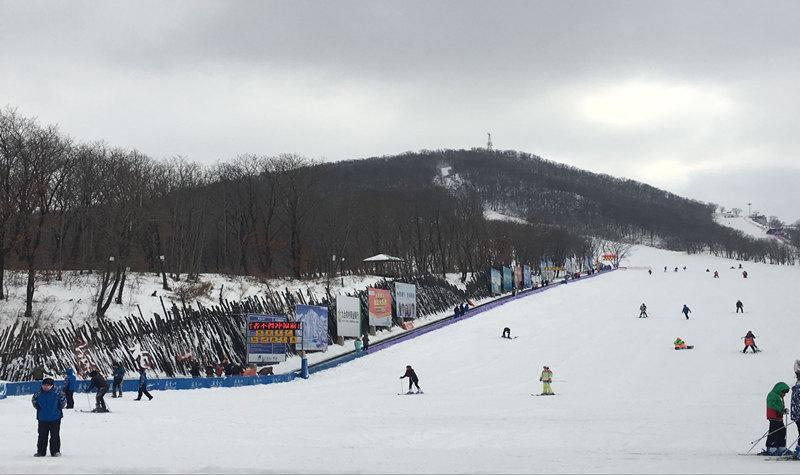 长春庙香山度假区滑雪场