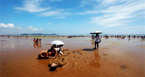 【海滨青岛】 青岛海底世界-黄岛金沙滩休闲半自助3>