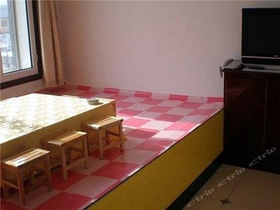 背景墙 房间 家居 设计 卧室 卧室装修 现代 装修 550_412